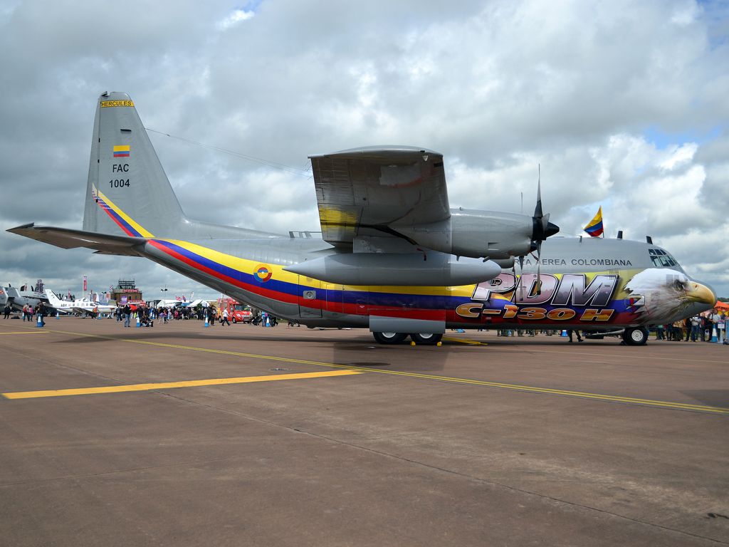 Lockheed C-130H Hercules L-382 Colombia Air Force FAC1004 Fairford (FFD/EGVA) July_07_2012
