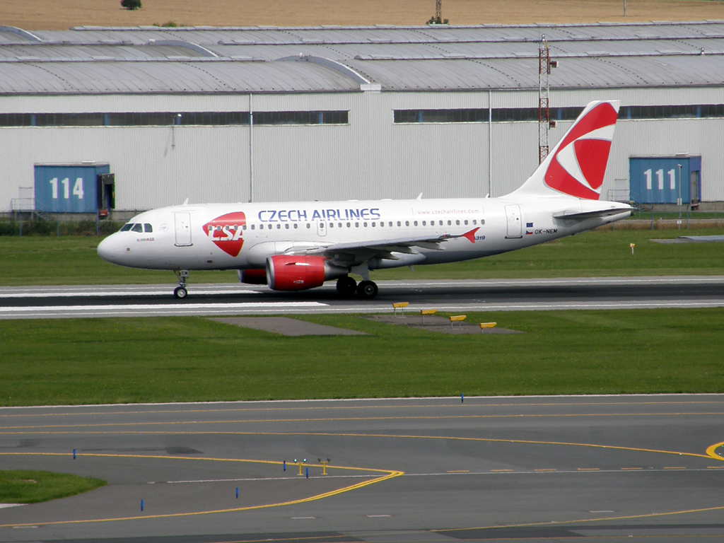 A319-112 CSA Czech Airlines OK-NEM Prague_Ruzyne (PRG/LKPR) July_25_2009