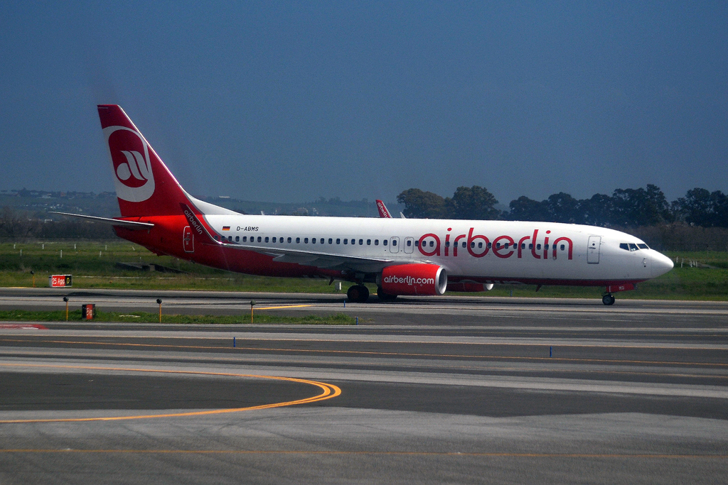 B737-86J Air Berlin D-ABMS Rome_Fiumicino (FCO/LIRF) March_31_2015